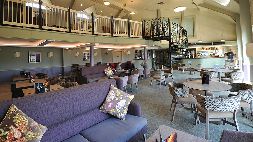 Witney Lakes Resort Bistro